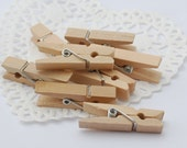 100 Small wooden pegs / natural coloured / clothespins / clips / ideal for wedding favour bags