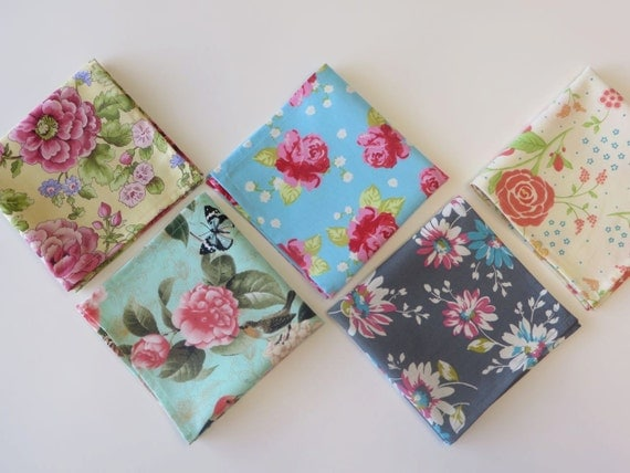 Ladies Handkerchief set of 5, Vintage inspired hankerchiefs, variety of floral hankies colors as shown, gift set, Handmade in the USA