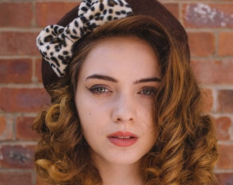 Brown Hat, Brown Beret Hat with Leopard Fake Fur Bow, Brown Wool Beret Hat, Brown Felt Beret Hat, Brown French Beret Hat