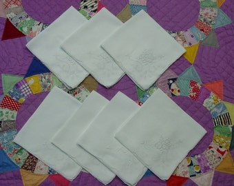 """Set of 7 Pretty Linen Napkins, Embroidery, Compass Work  16 1/2"""""""
