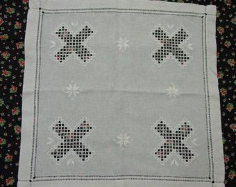 "Vintage Hardanger Centerpiece Norwegian Embroidery 22 x 22"""