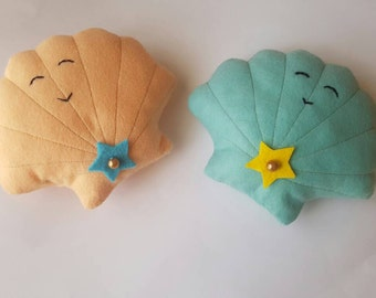 Felt Happy Clam/Shell Plush Toy - Cute Kawaii/Mermaid Style!