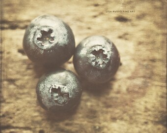 Kitchen Decor, Blueberries, Rustic Kitchen, Country Kitchen, Food Photography, Food Pictures, Brown, Blue, Rustic Home Decor, Fruit.