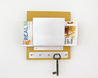 SINGLE MAIL HOLDER: Detailed Metal Key Hooks, Wood and Metal Wall Mount Organizer Perfect for Housewarming or Family Gift.