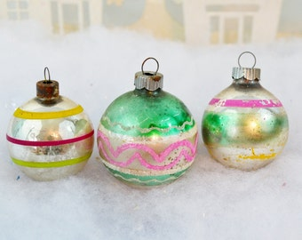 Christmas Ornaments Vintage Bright Colors Pink Yellow Green Silver Small Striped Mica Shiny Brite Set of 3 Three 1950's