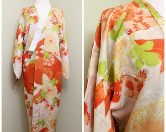 Japanese Furisode Juban Nagajuban. Silk. Red Green Multi Floral (Ref: 1675)
