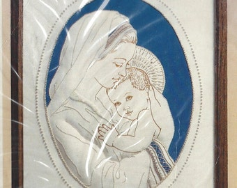 """80s Creative Circle Candlewicking Kit 2707 """"Mother and Child"""" designed by Cecily G. Willis Unopened Vintage Candlewicking Kit"""