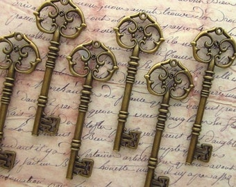 Gaillard EXTRA LARGE Antique Bronze Skeleton Key - Set of 10