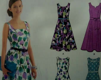 PRINCESS SEAM DRESS Pattern • New Look 6020 • Miss 8-18 • Fit & Flare Dress • Sleeveless Dress and Clutch • Modern Pattern • WhiletheCatNaps