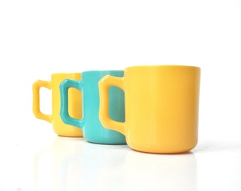 Petite Hazel Atlas Mugs - Children's Mugs