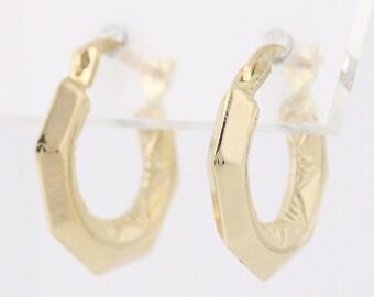 Hoop Earrings - 10k Yellow Gold Geometric Pierced Q4017