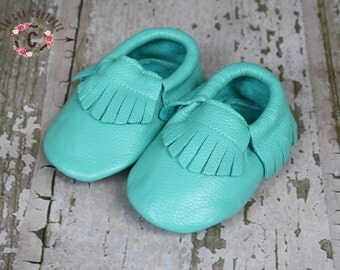 WOW! Breakfest at Tiffany's  Fringe Moccasins 100% genuine leather baby moccasins Mocs moccs
