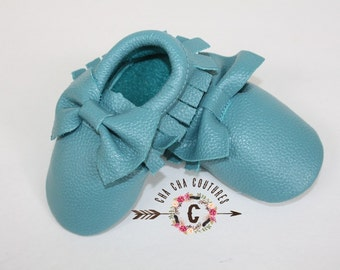 Wow!  BUBBLY BLUE BOWS Moccasins 100% genuine leather baby moccasins Mocs moccs