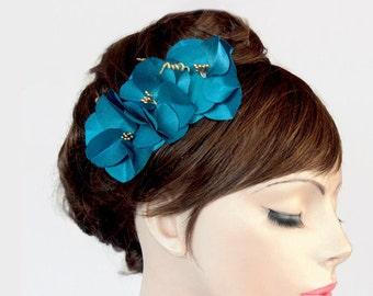 Retro Bridal Hair Comb Cerulean Blue Hair Fascinator Rustic Wedding Flower Barrette Modern Romantic Wedding Bridal Flower Hairpiece OOAK