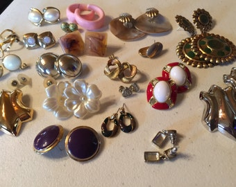 Earrings Pierced Vintage De-stash lot 603