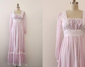 CLEARANCE vintage 1970s Gunne Sax dress  // 70s purple peasant gown