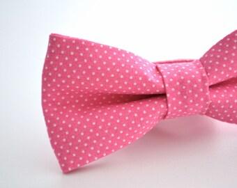 Bowtie in Hot Pink Polka Dot, Pink Bow Tie, Fuchsia Bow Tie, Groomsmen Bow Tie, Adjustable Bow Tie