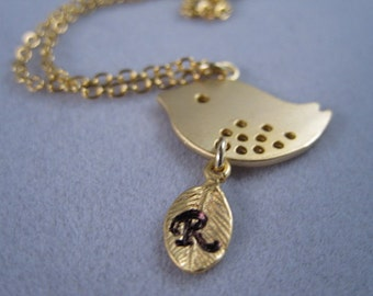 Cute bird necklace, 14k gold filled necklace, Gold Bird, Bird necklace, nature, Personalized, Initial leaf