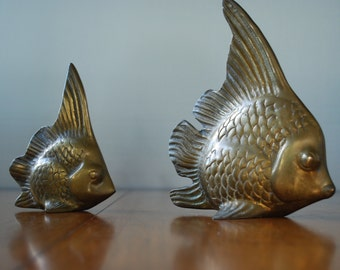 vintage pair of brass fish figurines - Angel Fish - Aquatic - Tropical