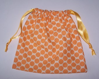 Draw-string bag in Amy Butler fabric full moon dots