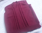 Sleeveless burgundy cable knit tank sweater