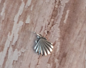 Solid Sterling Silver Sea Shell Charm, 925 Sterling Silver Beach, Nautical, Scallop, Seashell Pendant, Jewelry, Necklace Findings Nautical