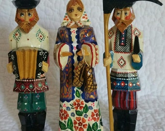 Russian Folkart Wooden Dolls