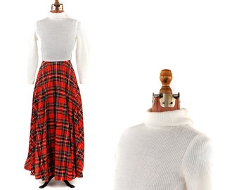 Vintage 1970's Cream Knit Pleated Red Plaid Sweep Skirt Preppy A-line Long Sleeve Maxi Retro Dress S