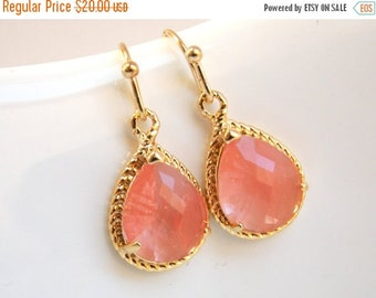 SALE Coral Earrings, Peach Earrings, Glass, Grapefruit, Gold, Dangle, Wedding Jewelry, Bridesmaid Earrings, Bridesmaid Jewelry, Bridesmaid G