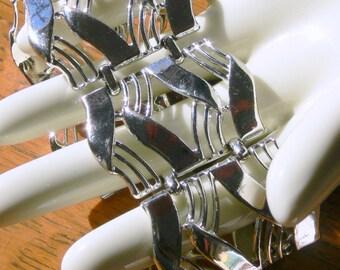 coro wide bracelet