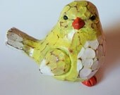 "bird statue antiqued look home decor yellow 4.25"" x 3"" x3.25"""