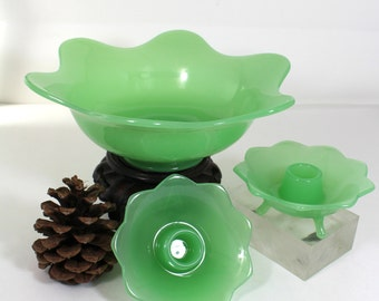 Fenton Jade Green Flared Console Bowl with candleholders No 1234