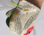 Flowers Oven Mitt Quilted Oven Glove Kitchen Decor Insulated Pot Holder Housewarming Gift