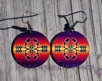 Ojibwe floral design earrings. High quality image printed on metal earrings. Ojibwe floral pattern earrings