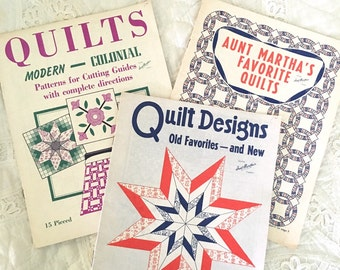 3 Vintage Aunt Martha's Quilting Booklets , Quilt Patterns and Designs, Pieced and Appliqued Quilts