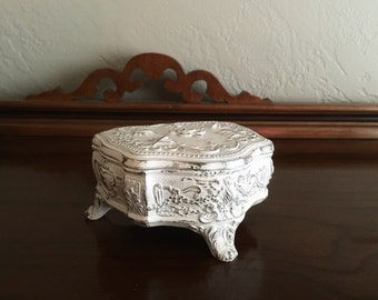 Antique White Shabby Chic Trinket Box
