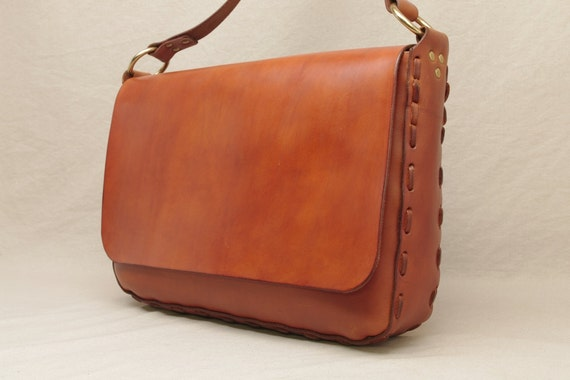 Messenger Bag - Hand Laced - Light Brown