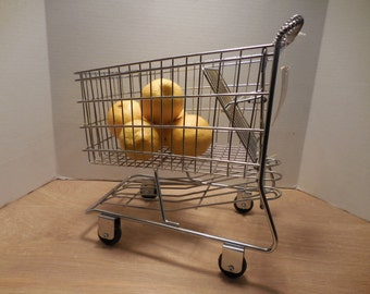 Vintage Mini Shopping Cart by Furio Home