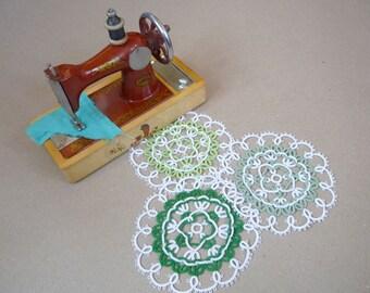 "Set of three tatting doilies ""Green Apple""  - wedding decor - home decor - tatting needle  - lase coasters"