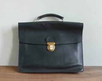 20% CNY SALE - Vintage 70's 'Gérard Héron Paris Green Leather Briefcase