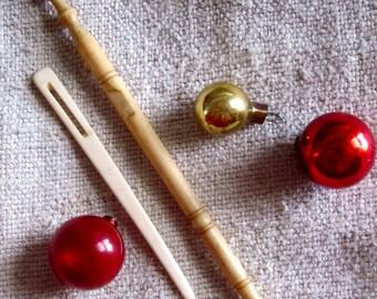 Unique Gift -  Bone Sewing Antiques Bodkin and Lace Bobbin