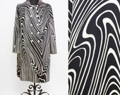 1960s Coat // Woodgrain Psychedelic Op Art Black and White Polished Cotton Deadstock Coat