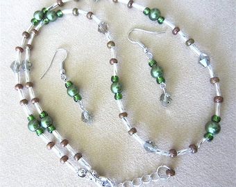 Forest Green Pearl & Olivine Crystal Necklace and Earring Set, Handmade Original Fashion Jewelry, Simple Elegant Gift  for Her St. Patrick's