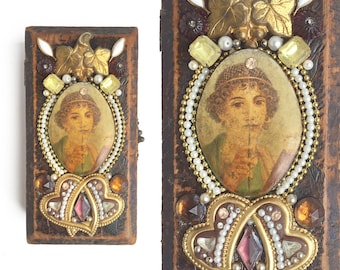 small jewelry box, encrusted jewelry box, decorated box, primitive box, mixed media storage, primitive wooden box by Elizabeth Rosen