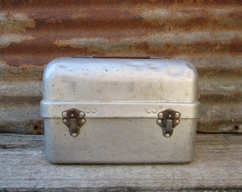 Vintage 1940s Metal Lunch Box Industrial Miners Coal Miner Mining or Factory Worker Lunch Box Grey Industrial Handled Box Industrial Box