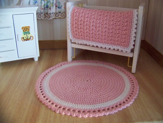 Star Wars Crochet Doll Pattern : Dollhouse Miniature Hand Crocheted Circular Pink & White Area