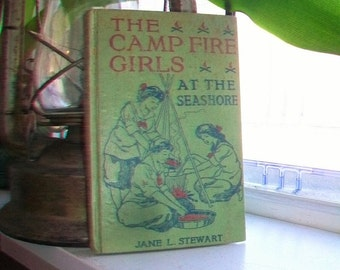 The Camp Fire Girls At The Seashore Antique 1914 Book