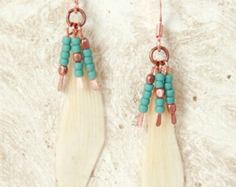 Natural Petal Jewelry - White Daisy Pressed Flower Earrings with Copper & Turquoise Glass Beads