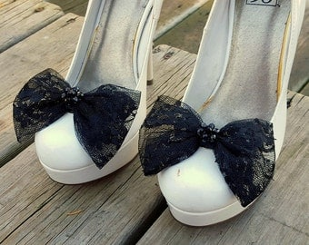 Black Lace Shoe Clips, Bridal Shoe Clips, Gatsby, Lace Bows, Clips for Bridal Shoes, Wedding Shoes, Heels, Womens Shoe Clips, Bridal Lace