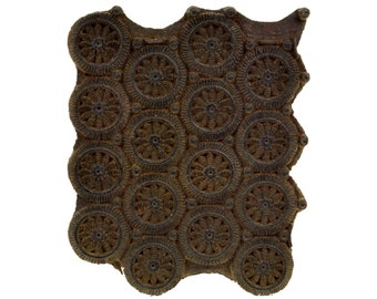 Vintage Indian Textile Stamp Block // Wood Fabric Printing Tool // Hand Carved Circle Pattern // Wood Fragment // Wall Hanging Home Decor